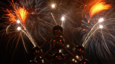 Cinq feux d'artifice feront briller l'Atomium cet été