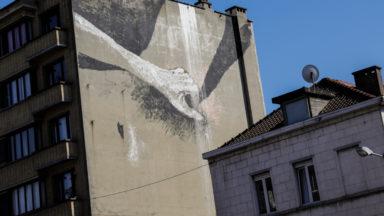 Une nouvelle fresque à caractère sexuel dans le quartier du canal à Bruxelles