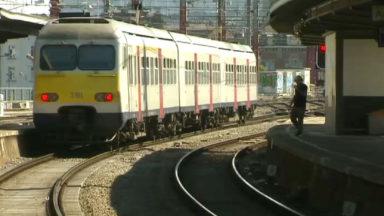 SNCB : de nombreux retards autour de Bruxelles à cause d'un train défectueux à Jette