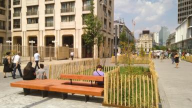 Les premiers bancs du piétonnier bruxellois ont été installés