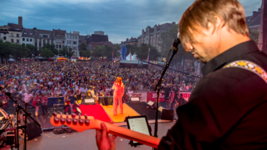 14.000 personnes ce vendredi soir sur la place du Jeu de Balle pour le Bal national