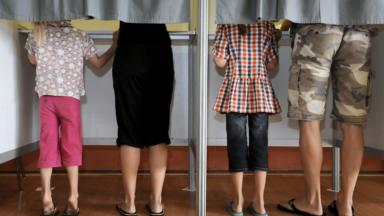Élections: des électeurs se sont présentés à Crainhem avec des convocations en français interdites par Liesbeth Homans (N-VA)