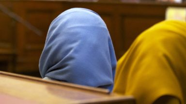 Ecolo souhaite l'autorisation du port du foulard au sein de la Stib : Pascal Smet répond