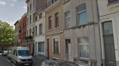 Koekelberg : un homme interpellé après s'être retranché dans un immeuble de la rue De Neck