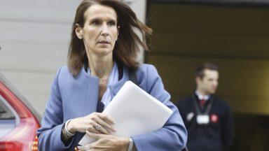 Sophie Wilmès réagit à la décision de non-nomination des bourgmestres des communes à facilités