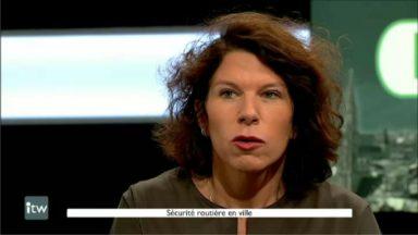 """Bianca Debaets (CD&V): """"beaucoup trop d'automobilistes surfent sur leur smartphone, il faut prendre des mesures"""""""
