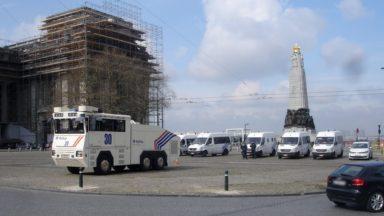 La Ville de Bruxelles veut installer un miroir d'eau sur la place Poelaert