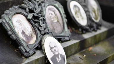La Ville de Bruxelles lance 40 audioguides pour les visiteurs des cimetières bruxellois