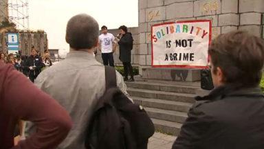 300 personnes devant le Palais de Justice en soutien à des hébergeurs de migrants