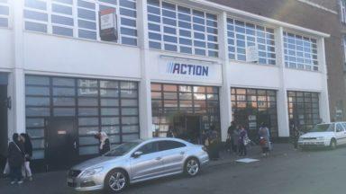 Panne de courant à Molenbeek et Laeken : les clients de certains magasins invités à sortir