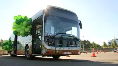Voici le premier grand bus électrique de la Stib