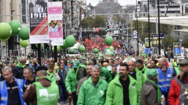 Manifestation des fonctionnaires à Bruxelles: 10.000 personnes ont défilé dans les rues selon la police