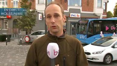 Communales 2018: le bus BX1 s'arrête sur la place Dumon fraîchement rénovée à Woluwe-Saint-Pierre