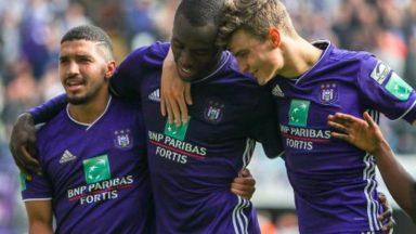 Anderlecht s'impose 4-2 face au Cercle Bruges et conserve la troisième place