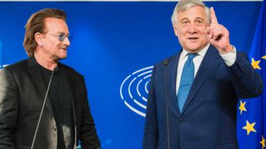 Bono, le célèbre chanteur de U2, était au Parlement européen pour un nouveau partenariat entre l'UE et l'Afrique