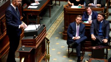 """""""Les hausses de prix de l'électricité seront facturées à Electrabel"""", assure Charles Michel"""