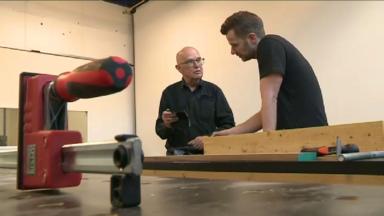 Chez Woodworkers, vous pouvez fabriquer vos propres meubles avec l'aide d'un ébéniste professionnel