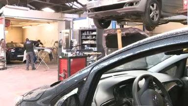 Garages, centres de bronzage ou agences immobilières pourront aussi redémarrer lundi