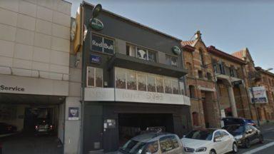 Incendie dans un club de Schaerbeek, trois personnes évacuées