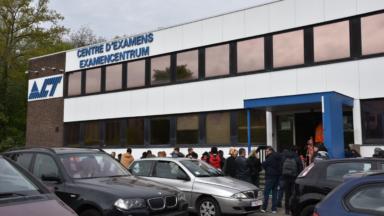 Des écoles de conduite et les centres d'examen fermés à Bruxelles