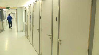 Les services de psychiatrie des hôpitaux bruxellois sont complètement saturés