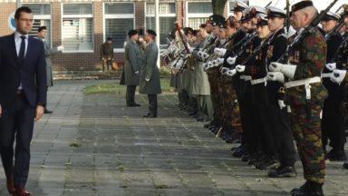 Accueil du nouveau ministre de la Défense Sander Loones à Evere
