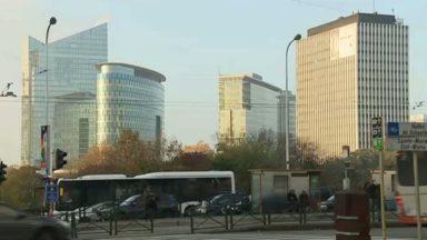 Le taux de disponibilité des bureaux est historiquement bas à Bruxelles, selon le bureau JLL