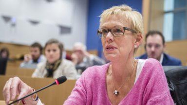 Le conseil communal de Bruxelles autorise Karine Lalieux à présider le CPAS plus tôt