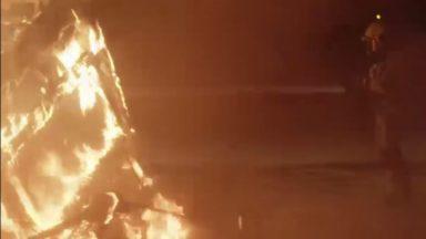 Un homme retrouvé mort dans sa caravane incendiée à Haren : appel à témoin vidéo 2 ans plus tard