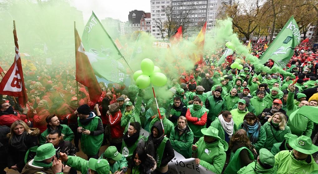 Grèves, blocages…: Bruxelles relativement épargnée, la Wallonie quasi à l'arrêt ce vendredi