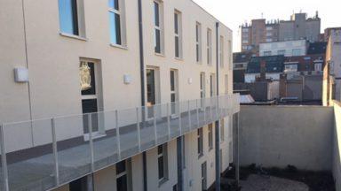 La perle de Molenbeek: les premiers sans-abri ont emménagé dans leurs appartements
