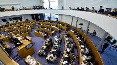 Le Parlement bruxellois rejette les plaintes électorales à l'unanimité