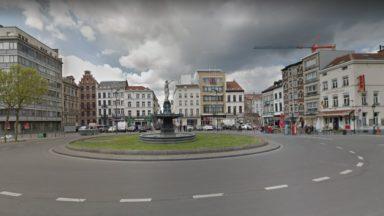 Bruxelles : une femme de 59 ans arrêtée pour l'incendie d'un appartement sur la place Rouppe