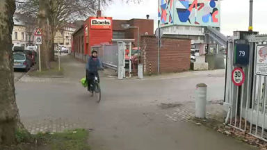 Une cohabitation difficile entre les camions et les cyclistes avenue du Port