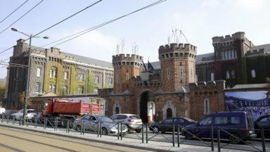 Petit Château : les hommes seuls demandeurs d'asile trouvent à nouveau porte close