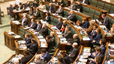 Démission du gouvernement: une nouvelle séance plénière prévue ce jeudi