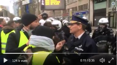 Le commissaire Vandersmissen propose aux gilets jaunes de se faire arrêter pacifiquement