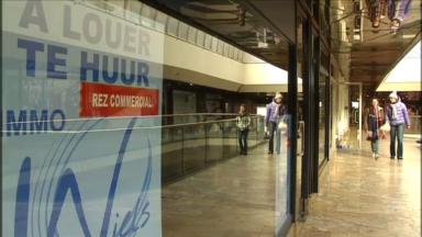 Environ un espace de vente sur dix est vide en Belgique