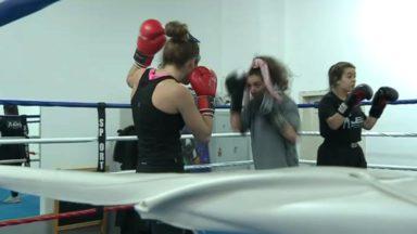 Le club de boxe 100% féminin de Sanae Jah connaît un beau succès au Palais du Midi