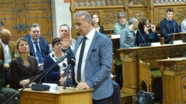 Enquête sur les visas humanitaires : le CPAS de Ganshoren prolonge la suspension préventive de M. Kucam de quatre mois
