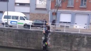 Chute d'un enfant dans le canal: Moureaux demande au Port la vérification des rambardes