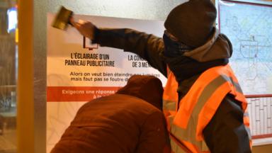 Une centaine d'affiches à Bruxelles pour interpeller les ministres sur les matières climatiques