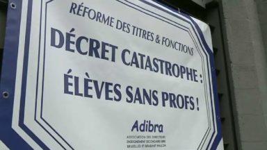 """Les directeurs du réseau libre de Bruxelles protestent contre le """"décret catastrophe"""""""