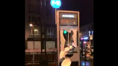 Nouvel an: des jeunes ont caillassé des policiers et pompiers à Molenbeek
