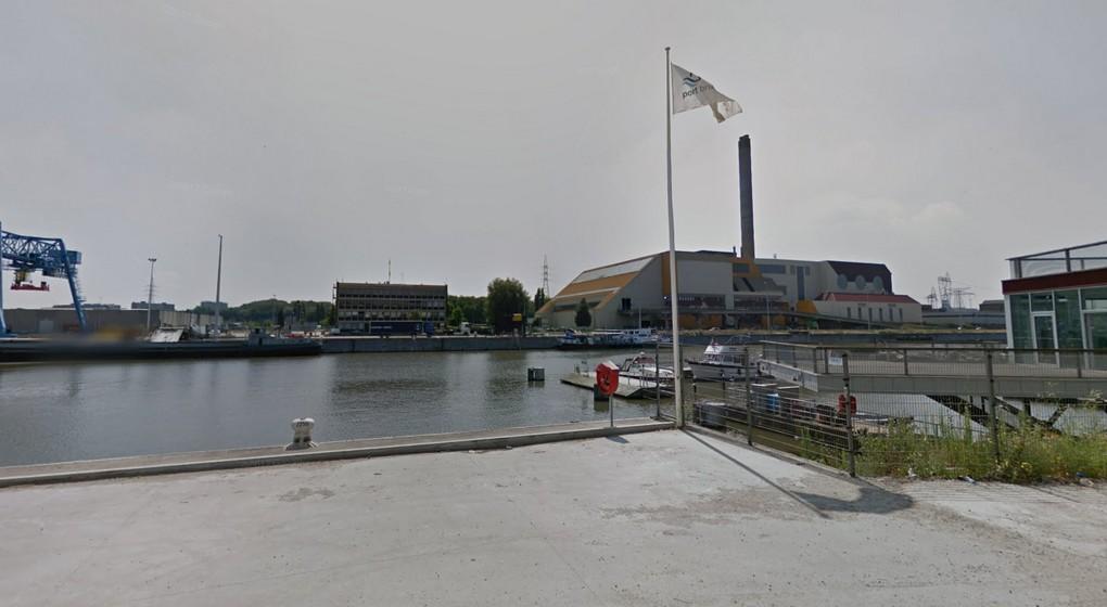 Quai Canal de Bruxelles Quai de Heembeek - Capture Google Street View.jpg