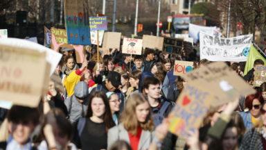 300 scientifiques appellent à la grève mondiale pour le climat le 15 mars