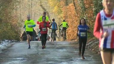 """2.000 coureurs à Watermael-Boitsfort pour les """"Hivernales du Racing Club de Bruxelles"""""""