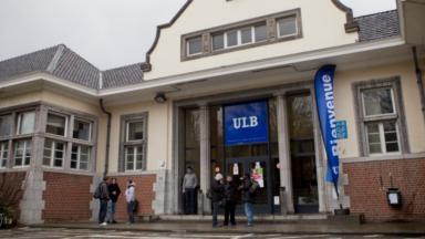 Polémique à l'ULB : des étudiants s'opposent à la venue de deux membres de Charlie Hebdo
