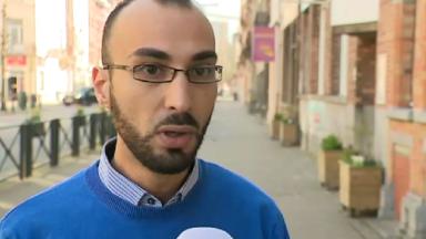 """Attentats de Bruxelles : Fayçal Cheffou, suspecté à tort d'être """"l'homme au chapeau"""", sort un livre"""
