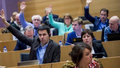 Loi Climat : la commission de révision de la Constitution vote la révision de l'article 7bis